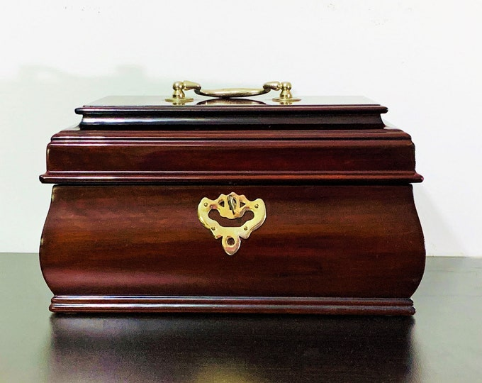 "Vintage Williamsburg Fancy Solid Wood Jewelry Box, Key Lock, Movable Tray, Piano Finish, 10"" W, 6 1/2"" D and 6"" High, Refurbished"