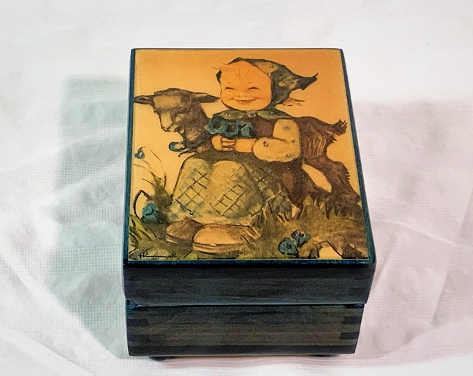"""Vintage Reuge Sainte Croix Switzerland Music Box, Hummel Art, Plays """"You Are The Sunshine of My Life"""", 4.5"""" W. 3.5"""" L 3"""" H. Great Condition."""