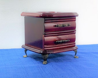 """Vintage Small Jewelry Chest , Hinged Lid W/ Heart Shape Etched Glass Window, Drawer, 4 Metal Feet, 5.5"""" H. 6"""" W. Restored, Free US Shipping."""