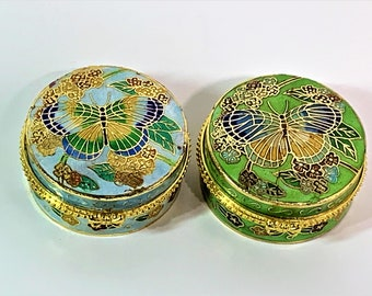 """2 Vintage Venetian Enameled Porcelain Hand Crafted Hinged Pill - Trinket Boxes, Colorful Butterfly Garden Theme. 2"""" Round. Free US Shipping"""