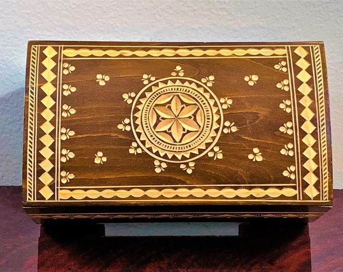 "Vintage Solid Carved Wood Storage - Jewelry or Trinket Box, Jerusalem, Impressive Craftsmanship, 6 3/4"" W - 4"" D - 3 1/4"" H"