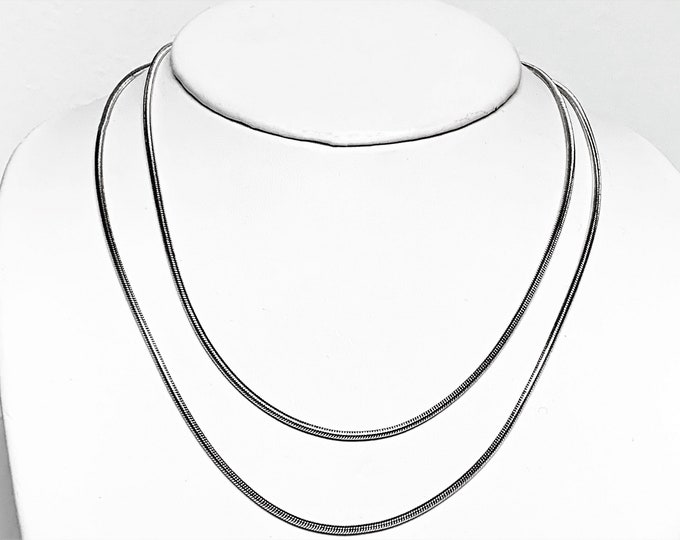 """30"""" Long Sterling Silver Snake Chain, Flexible 1.5 mm Gauge, Lobster Claw Clasp, 13.50 Grams, Italy. Refinished. Free US Shipping."""
