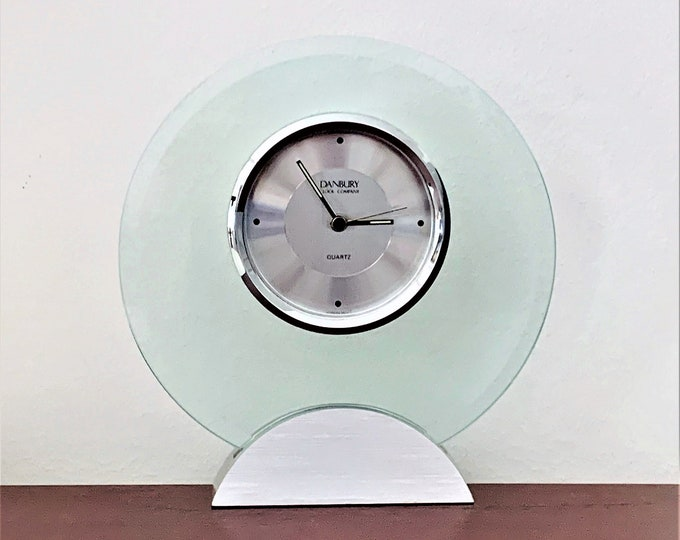 "Vintage Danbury Tempered Glass Quartz German Movement Mantel Clock, 7"" W. 7.5"" T. ""Things Remembered"""