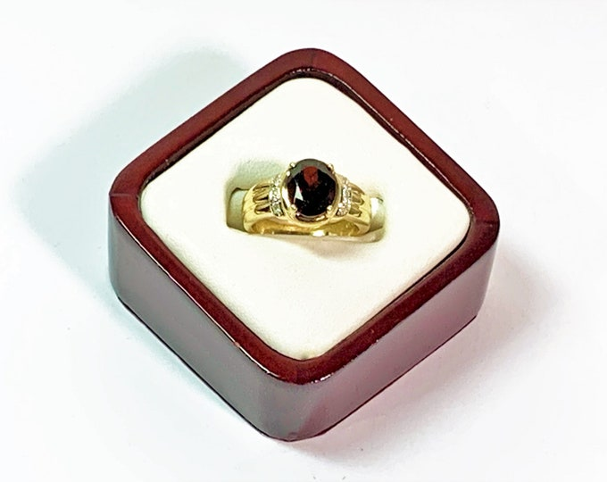 Vintage 14k Gold Garnet & Diamond Accent Ring, Garnet 10 X 8 mm Oval Cut, 3.10 Carats. 6 Diamonds, 5.40 Grams, Size 7.5. Free US Shipping