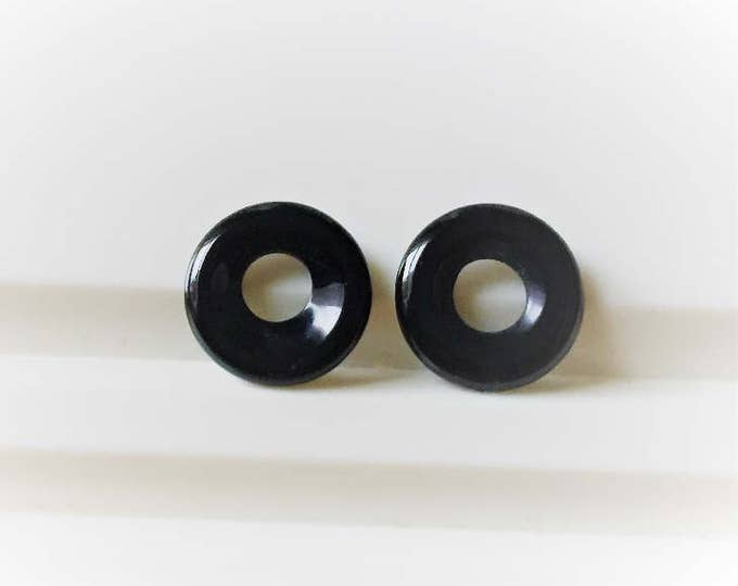 Pair of Black Onyx Unique Loops-Circles, 13.50 mm, 5 mm Opening, Fine Cut and Polish