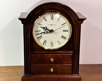 """Howard Miller Kayla Windsor Cherry 12"""" High Mantel Clock, 2 Padded Jewelry Storage Drawers, #635-112. Mint Condition. Free US Shipping."""