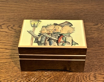 """Vintage Reuge Swiss Music Box, Hummel Choir Kids,""""I'd Like To Teach The World To Sing"""" Handmade in Switzerland, 4.25 X 3"""". Mint Condition."""