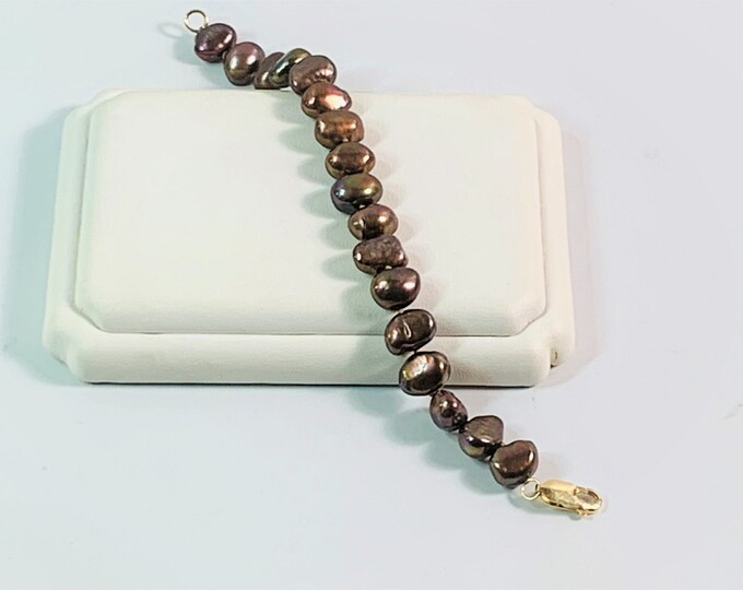 """Keshi Natural Australian Pearl Bracelet, Rusty Gold Overtone, 11mm Natural Forms, 100% Nacre, Smooth Surface AAA, Large 14K Gold Clasp, 7"""" L"""