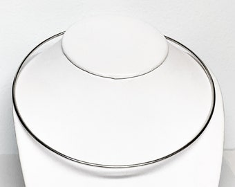 Sterling Silver Hard High Polished 2.5 mm Wire Choker, 15.30 Grams, Fits Firmly.