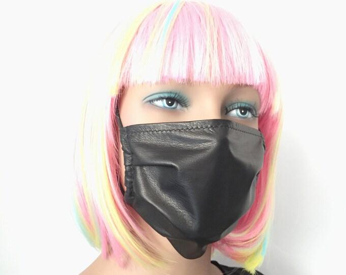 Featured listing image: Schwarze Mundbedeckung Mund und Nasenmaske aus Leder