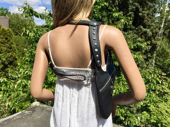 Revolverbag holster bag black leatherette Tiara