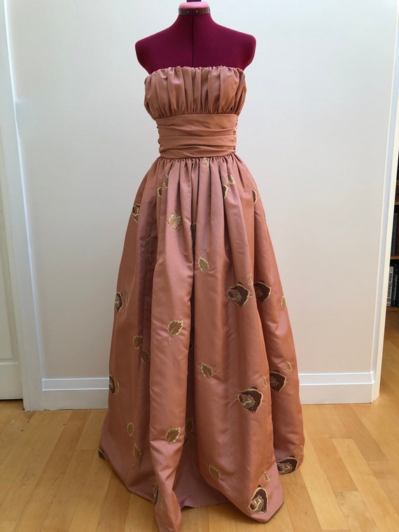 Vintage 1950's Frank Usher London Embroidered Taff