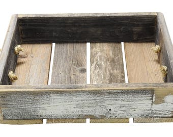 "R & W 12"" x 4"" x 15.5"" Vintage Reproduction Wooden Box, White"