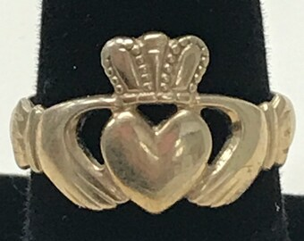 10K Yellow Gold CLADDAUGH Ring Size 9 Great Deal!