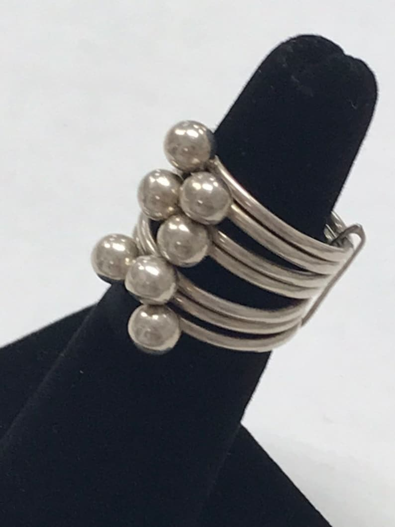 PRETTY Vintage Sterling Silver Unique Beaded Multi Band Ring