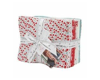 Love You! By Moda - 21Pc Cotton Fabric Fat Quarter 18in x 21in Bundle