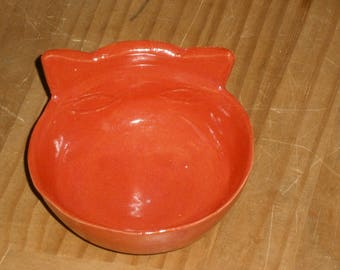 1 Fressnapf bowl for cats and small dogs