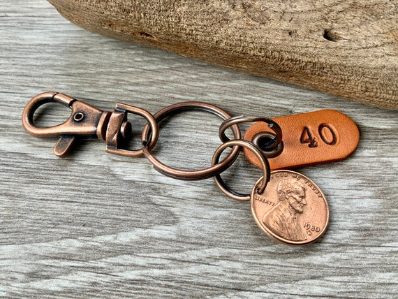 40th birthday gift, 1980 USA coin keychain, American one cent keyring, lucky penny clip, anniversary, present for a man or woman