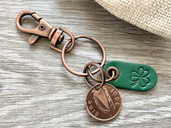 1998 Irish penny keychain, Celtic coin keyring, Ireland bag clip, Eire 23rd birthday or Anniversary gift shamrock present for a man or woman