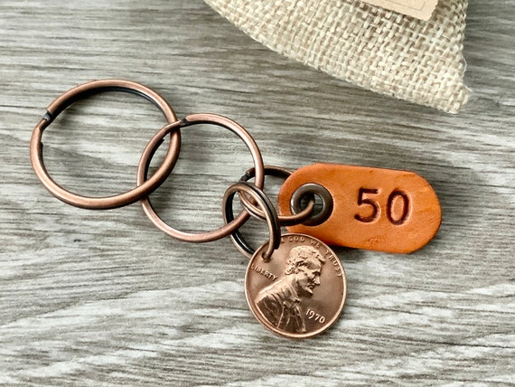 1970 USA Penny key chain, American one cent keyring, lucky penny clip, 50th birthday gift or anniversary present for a man or woman