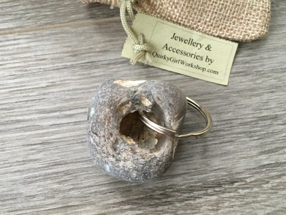 hag stone keyring, Beach pebble key fob, beach rock key chain, natural rock, found pebble, small gift for a man, holey pebble from Cornwall