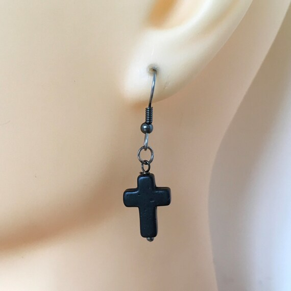 Black cross earring, choose between a single earring or a pair of earrings, for a man or woman