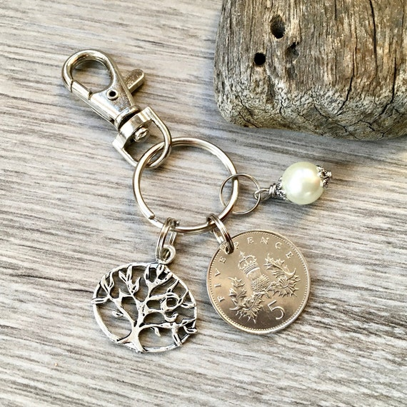 30th anniversary gift, pearl anniversary, 1989 British coin keyring, keychain, or clip