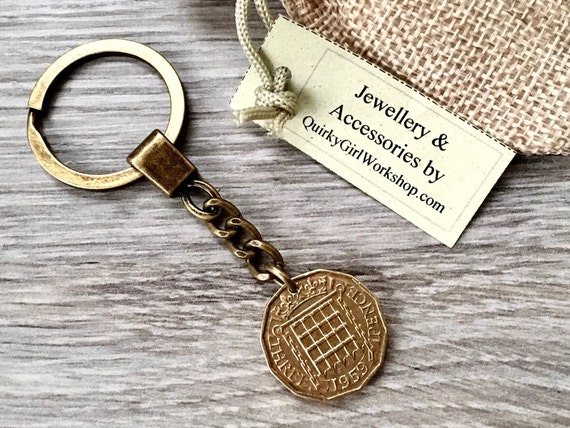 1959 British coin keychain, Threppence clip, UK Thruppence keyring, 60th birthday gift, Anniversary or retirement present For a man or woman