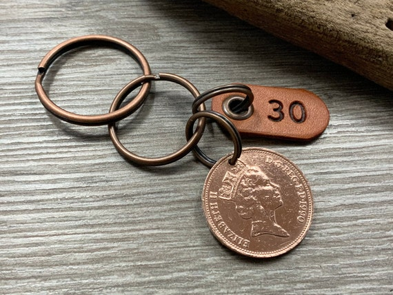 30th birthday or anniversary gift, 1990 British coin keychain, keyring or clip, a great gift for a man or woman