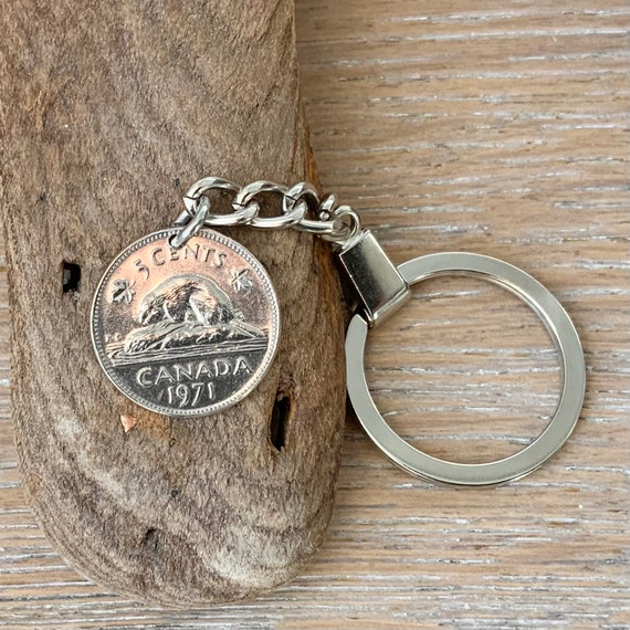 Canadian coin keychain, 1971 canada 5c keyring, beaver coin, 50th birthday, anniversary gift for a man or woman