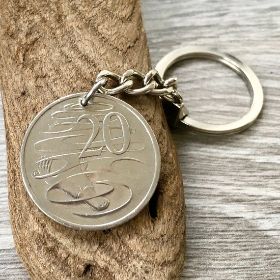 2001 Australian coin keyring or clip, 20 cent Aussie keychain, Australia 19th birthday or anniversary for a man or woman