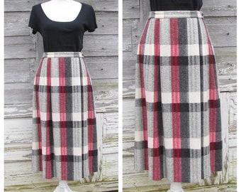 797dc99e33 Vintage 70s Plaid Wool Skirt / 1970s Red Black and White Plaid skirt/ High  Waisted Midi Skirt/30