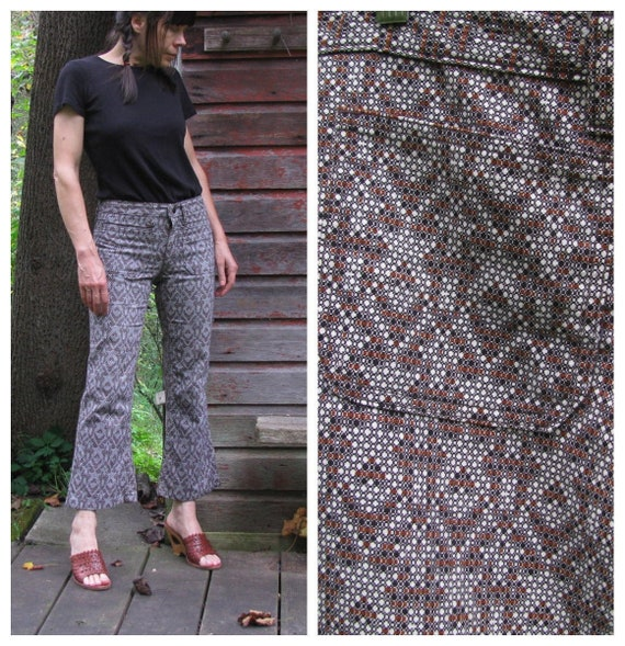 Vintage 70s Cotton Flared Bell Bottom Pants / 1970