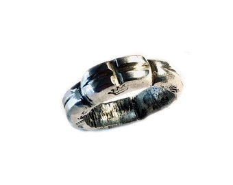 ROund CRociato - Sculpted & Stamped Sterling  Silver  Ring - Tribal Cross - 2 Gauge - 7mm Thick - 18g