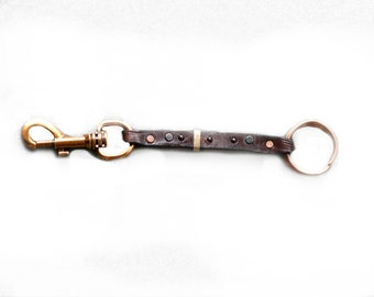 Brown Leather Key Chain - Bronze Hardware & Details - 3 Garnet Cabochon - Safe Clasp - Handmade Rings