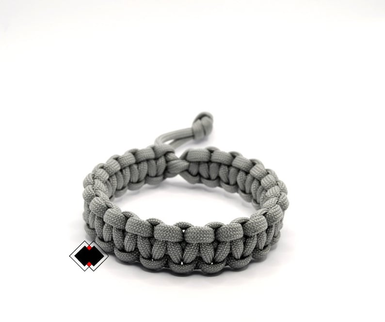 Mad Max Fury Road Tom Hardy Paracord Survival Bracelet  GREY image 1