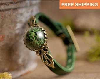 Moss bracelet, terrarium bracelet, green bracelet, adjustable bracelet, leather bracelet, anniversary gift, statement jewelry, gift for her