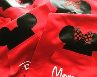 Personalized Mickey or Minnie Drawstring bag