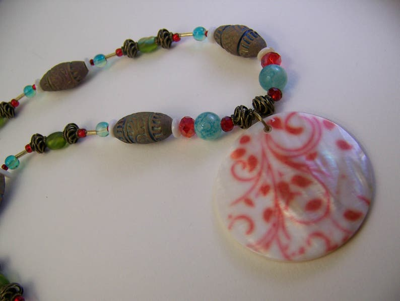 Red and White Jewelry  Shell Pendant Necklace  Tribal image 0