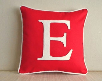 personalized pillow cover / red pillow / white letter / monogrammed initial pillow / pillow with letter / personalized wedding gift