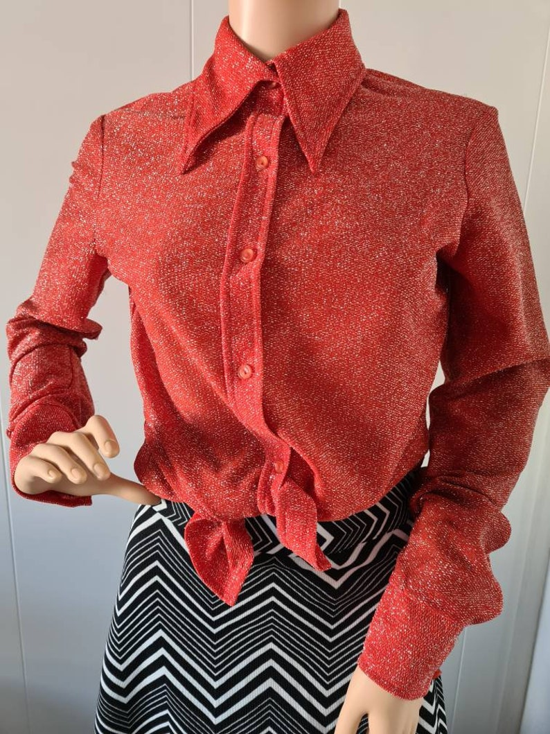 Vintage 1970s Red and Silver Sparkly Blouse with Large Pointed Collar M