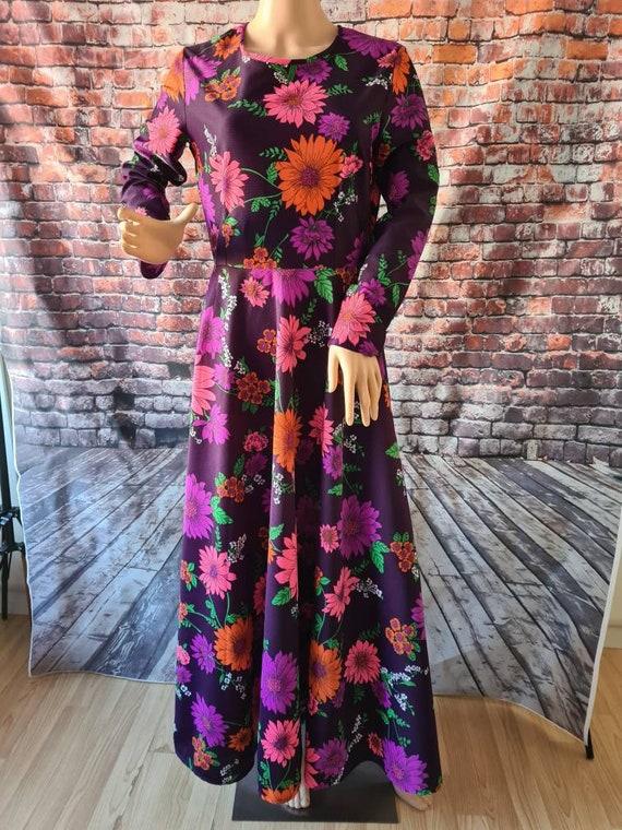 Vintage 1970's Bright Multicoloured Floral Long Sl