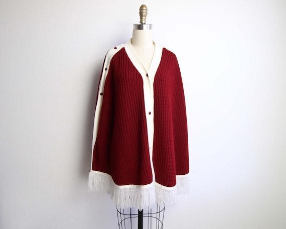 Vintage Cape Knit Womens 1970s Red White Fringe