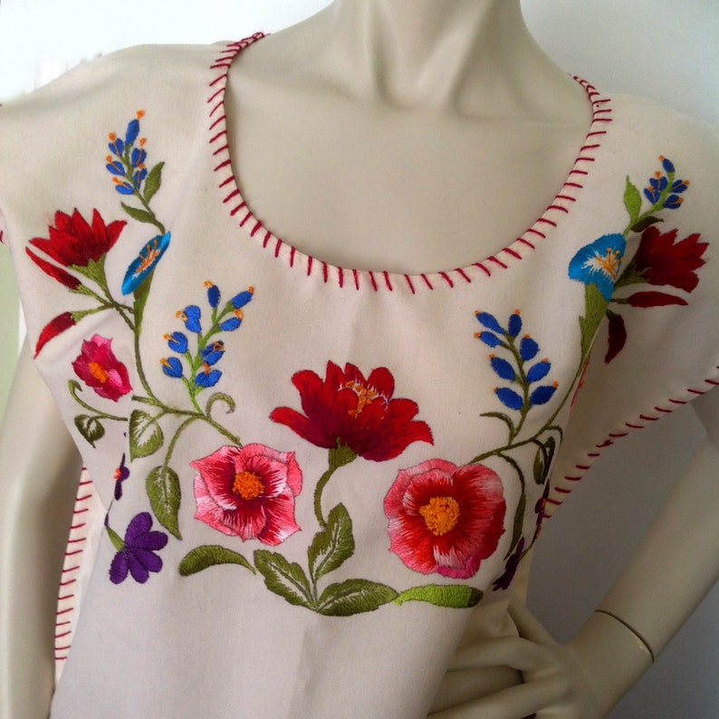 Mexican embroidered blouse Authentic hand embroidered Mexican huipil style top Frida Kahlo top Day of the Dead costume Mexican wedding.