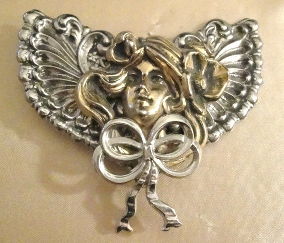 Stunning Angel Pin
