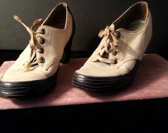 Fabulous Vintage Two Tone Shoes