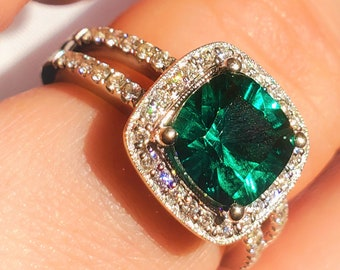 Cushion Cut Lab Emerald Diamond Halo Engagement Ring! 14K! Estate!