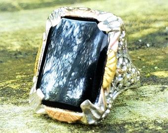 1920s Black Onyx Filigree Statement Signet Ring 10K! Vintage Estate!
