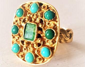 Wonderful Etruscan Revival 18K Boho Chic Emerald Turquoise Statement Ring! Vintage 1960s!