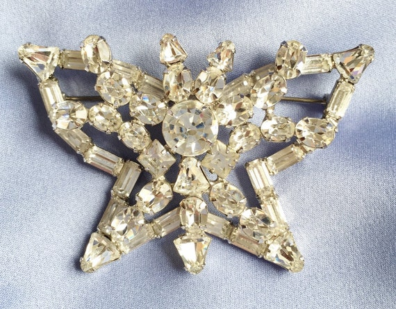 Huge Sparkly Clear Rhinestone 'Butterfly' Pin Broo
